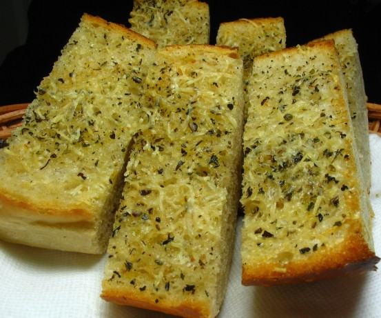 Low Calorie Garlic Bread  Olive Oil And Parmesan Garlic Bread low Fat Recipe Food