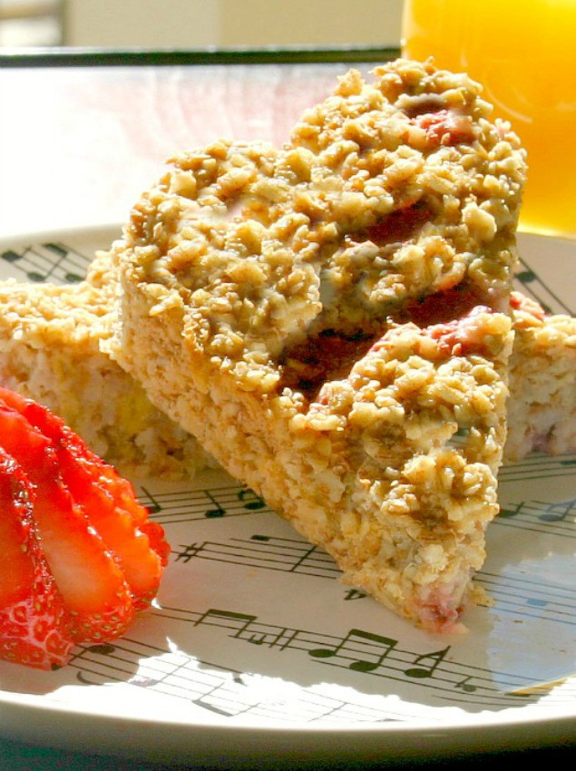 Low Calorie Oatmeal Recipes  Strawberry Banana Baked Oatmeal Low Calorie Low Fat