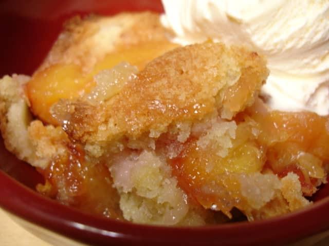 Low Calorie Peach Recipes  Low Calorie Peach Cobbler Recipe 3 Points LaaLoosh