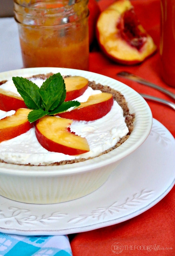 Low Calorie Peach Recipes  Low Carb No Bake Cream Pie Topped with Peaches
