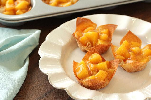 Low Calorie Peach Recipes  Low Calorie Easy Dessert Recipes Personal Peach Pies