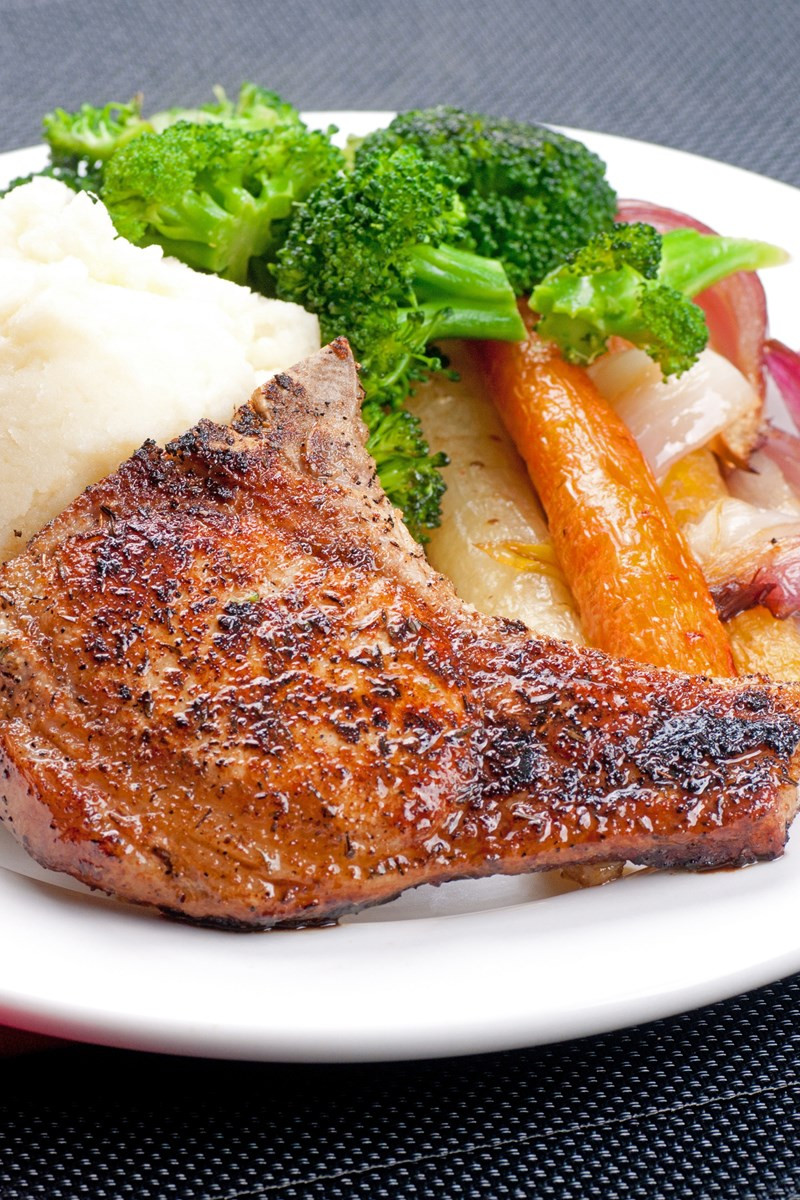Low Calorie Pork Chop Recipes  Low Calorie Smoky Grilled Pork Chops