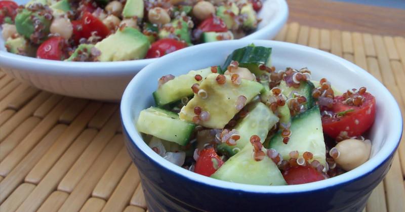Low Calorie Quinoa Salad  This Low Calorie Quinoa Salad Recipe May Be TOO Healthy