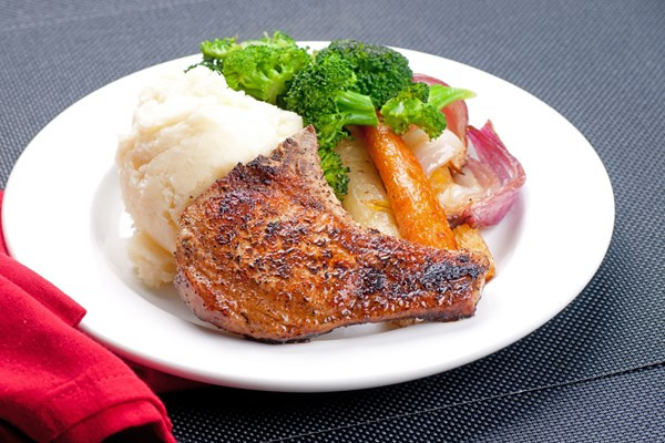 Low Calorie Recipes For Pork Chops  grilled pork chops calories