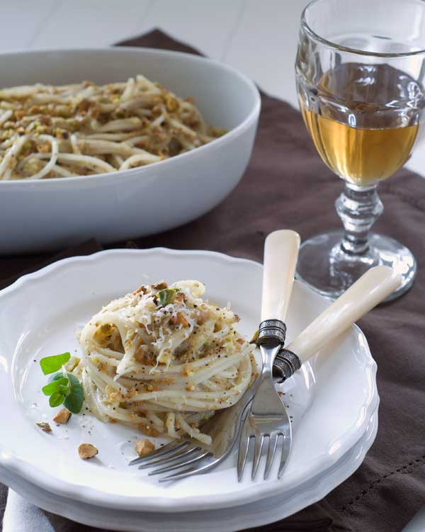 "Low Calorie Sauce Recipes  Gluten Free Pasta with Low Fat Pistachio ""Cream"" Sauce Recipe"