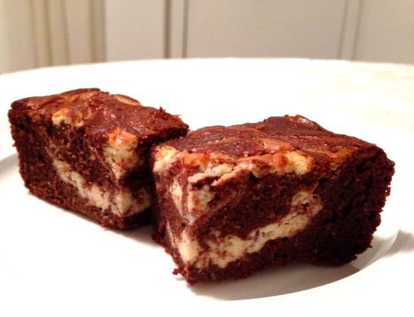 Low Carb Brownies Cream Cheese  1000 images about Banting desserts on Pinterest