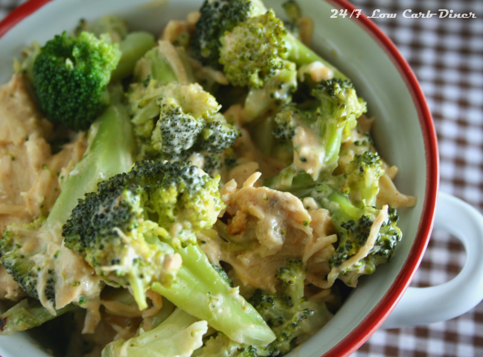 Low Carb Chicken And Broccoli Casserole  24 7 Low Carb Diner Chicken and Broccoli Casserole for 2