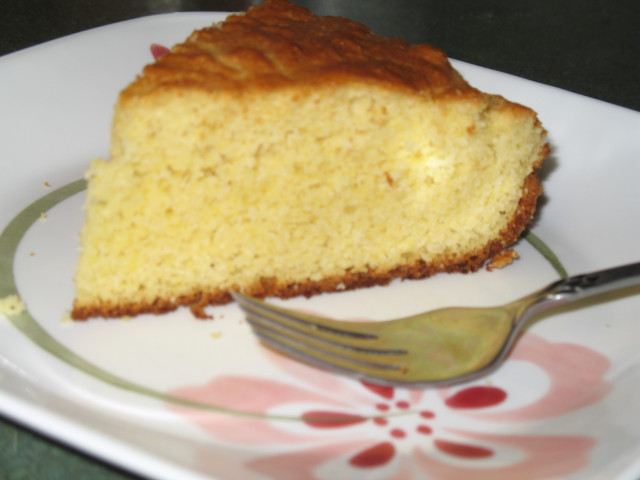 Low Carb Corn Bread  Golden Corn Bread lower carbed pic Low Carb Friends