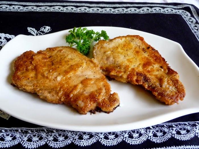"Low Carb Fried Pork Chops  SPLENDID LOW CARBING BY JENNIFER ELOFF ""BREADED"" FRIED"