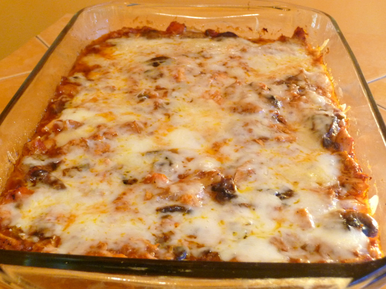 Low Carb Mexican Chicken Casserole  SPLENDID LOW CARBING BY JENNIFER ELOFF MEXICAN CHICKEN