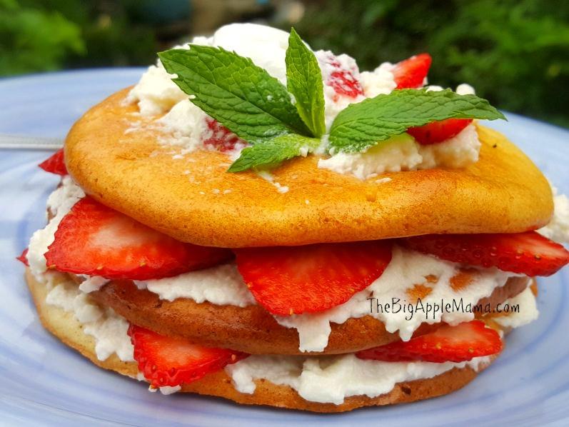 Low Carb Strawberry Dessert  Low Carb Strawberry Shortcake Dessert