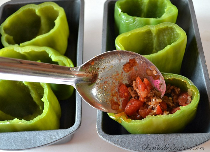 Low Carb Stuffed Bell Peppers  Low Carb Stuffed Bell Peppers Chaotically Creative