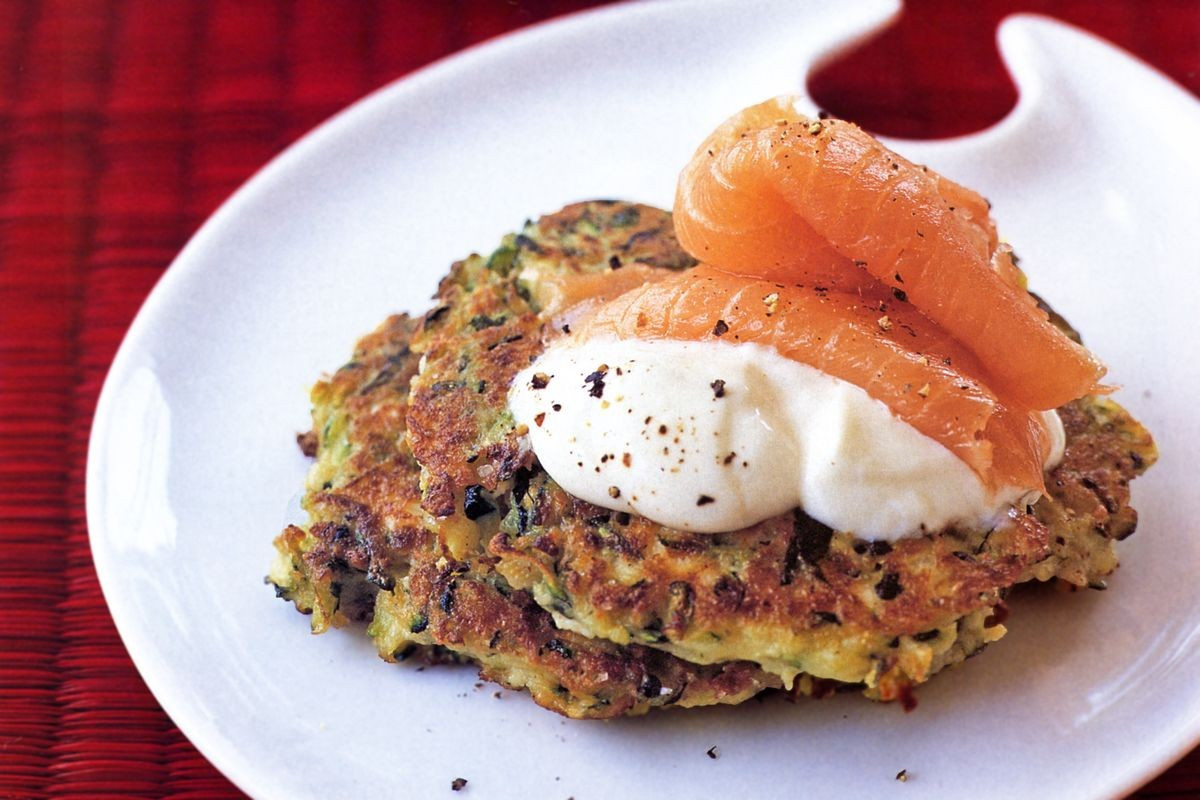 Low Cholesterol Salmon Recipes  Zucchini fritters with sour cream and smoked salmon