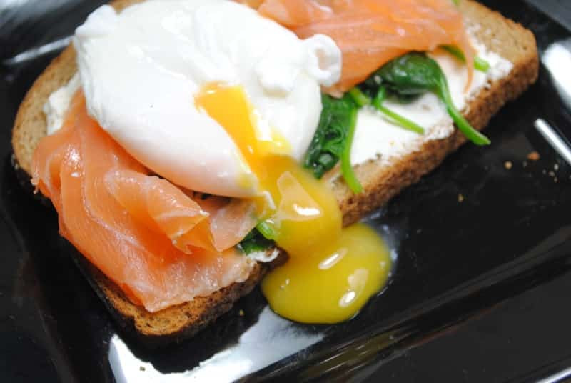 Low Cholesterol Salmon Recipes  Low fat Salmon spinach and poached egg breakfast