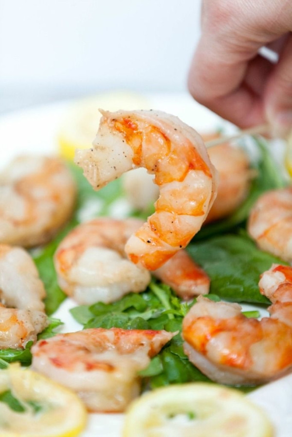 Low Fat Appetizers  An easy and quick appetizer Roasted Shrimp Cocktail with