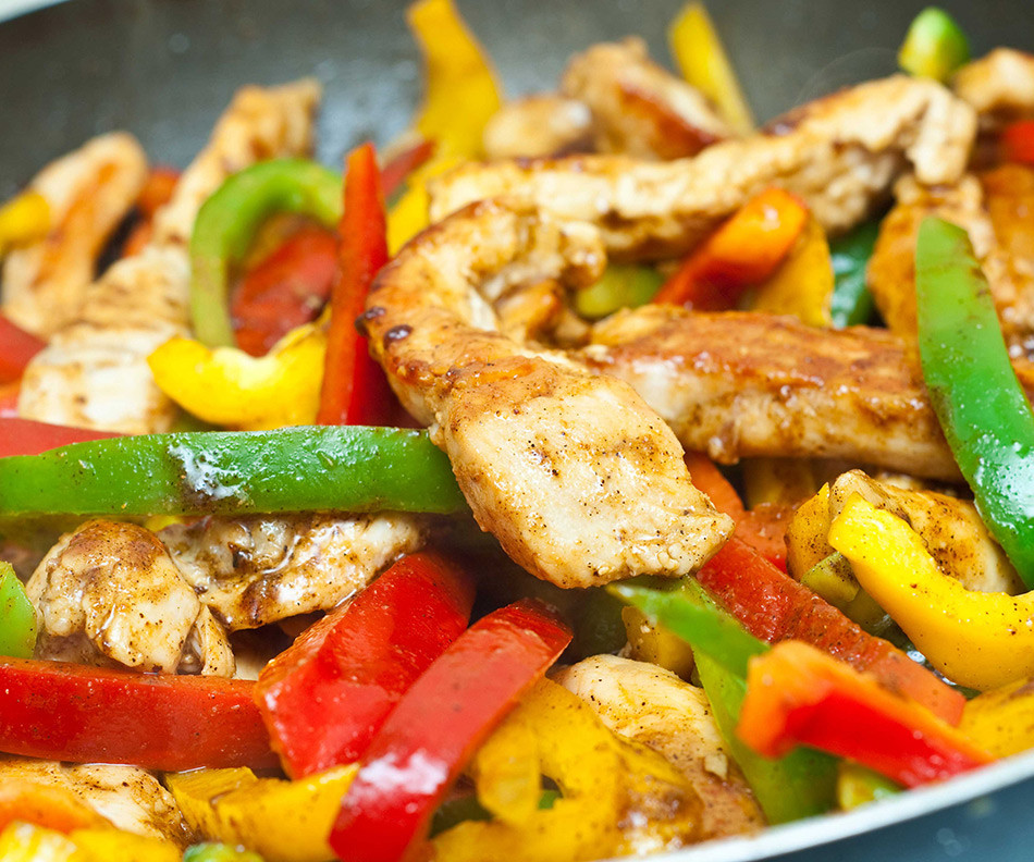 Low Fat Chicken Fajitas  Low fat chicken recipes for Cinco de Mayo Girls Gone Sporty
