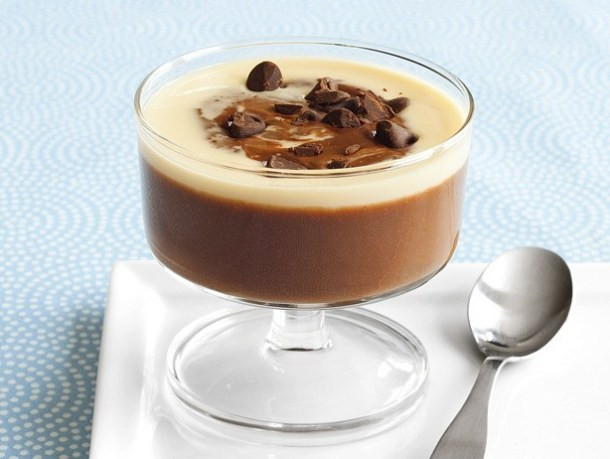Low Fat Chocolate Desserts  8 CHOCOLATE DESSERTS FOR THOSE ON A DIET