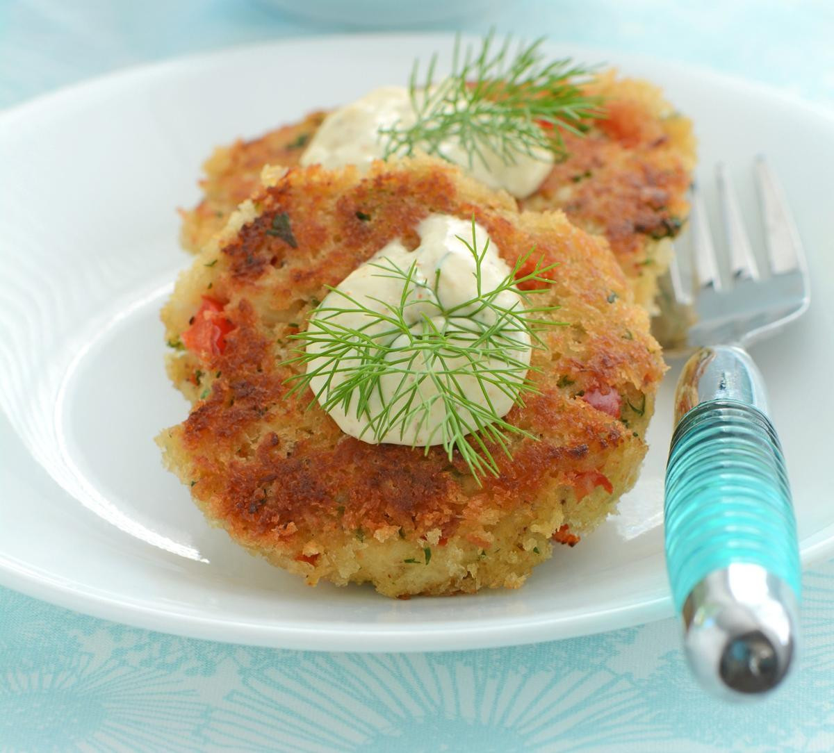 Low Fat Crab Cakes  Buon Appetito 3 Crab Cake Recipes Using Canned Crab