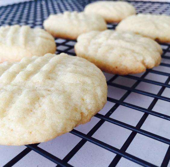 Low Fat Low Sugar Cookies  Low fat sugar cookies Foodstirs Pinterest