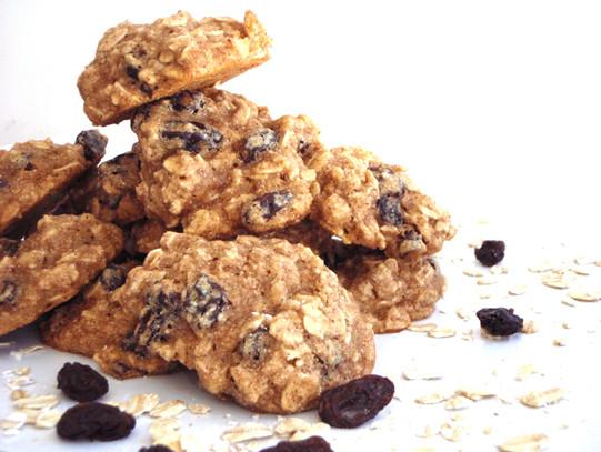 Low Fat Oatmeal Raisin Cookies  Low fat Healthy Oatmeal Raisin Cookies