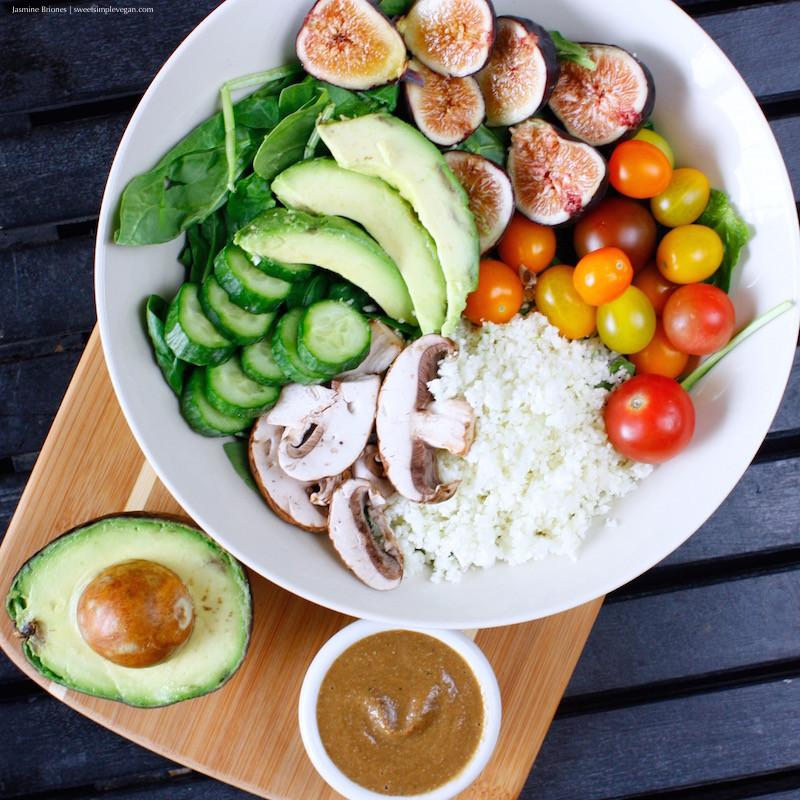 Low Fat Salads  Raw Salad Easy Balsamic Hemp Dressing oil free low fat