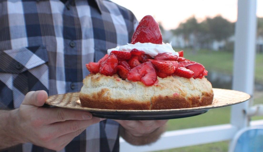 Low Fat Strawberry Shortcake  Lowfat Glazed Strawberry Shortcake Chad s Recipe