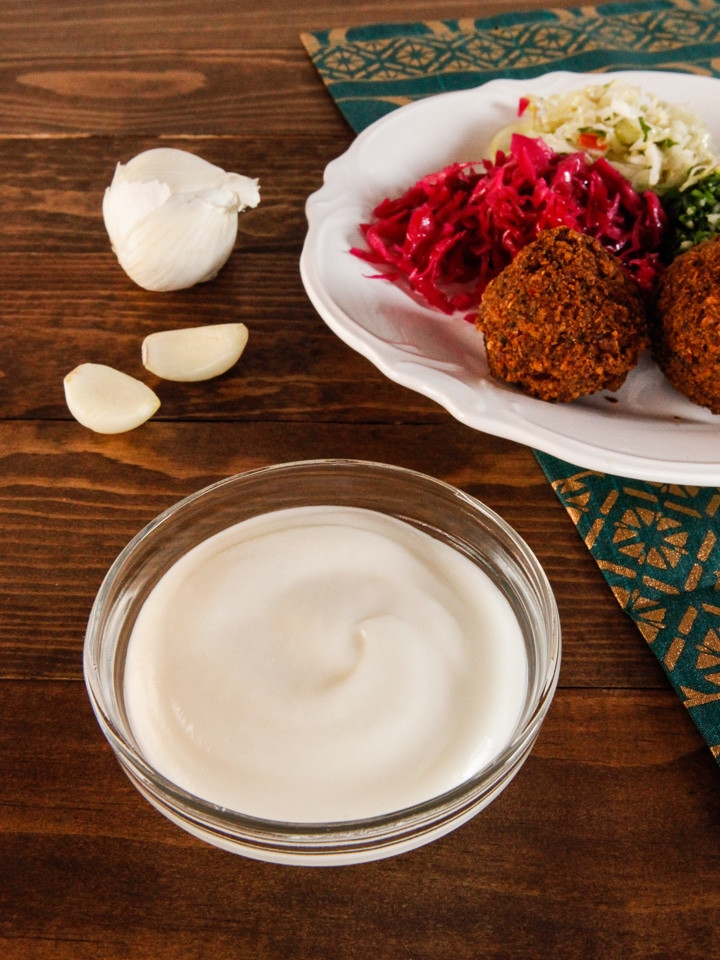 Middle Eastern Garlic Sauce Recipes  Toum Garlic Sauce