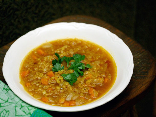 Middle Eastern Soup Recipes  middle eastern red lentil soup