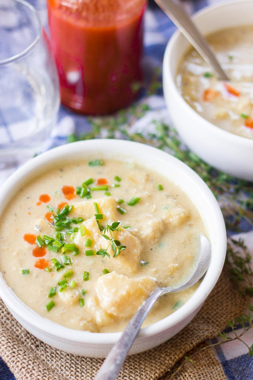 Potato Leek Soup Recipe Vegan  Cheesy Vegan Potato Leek Soup