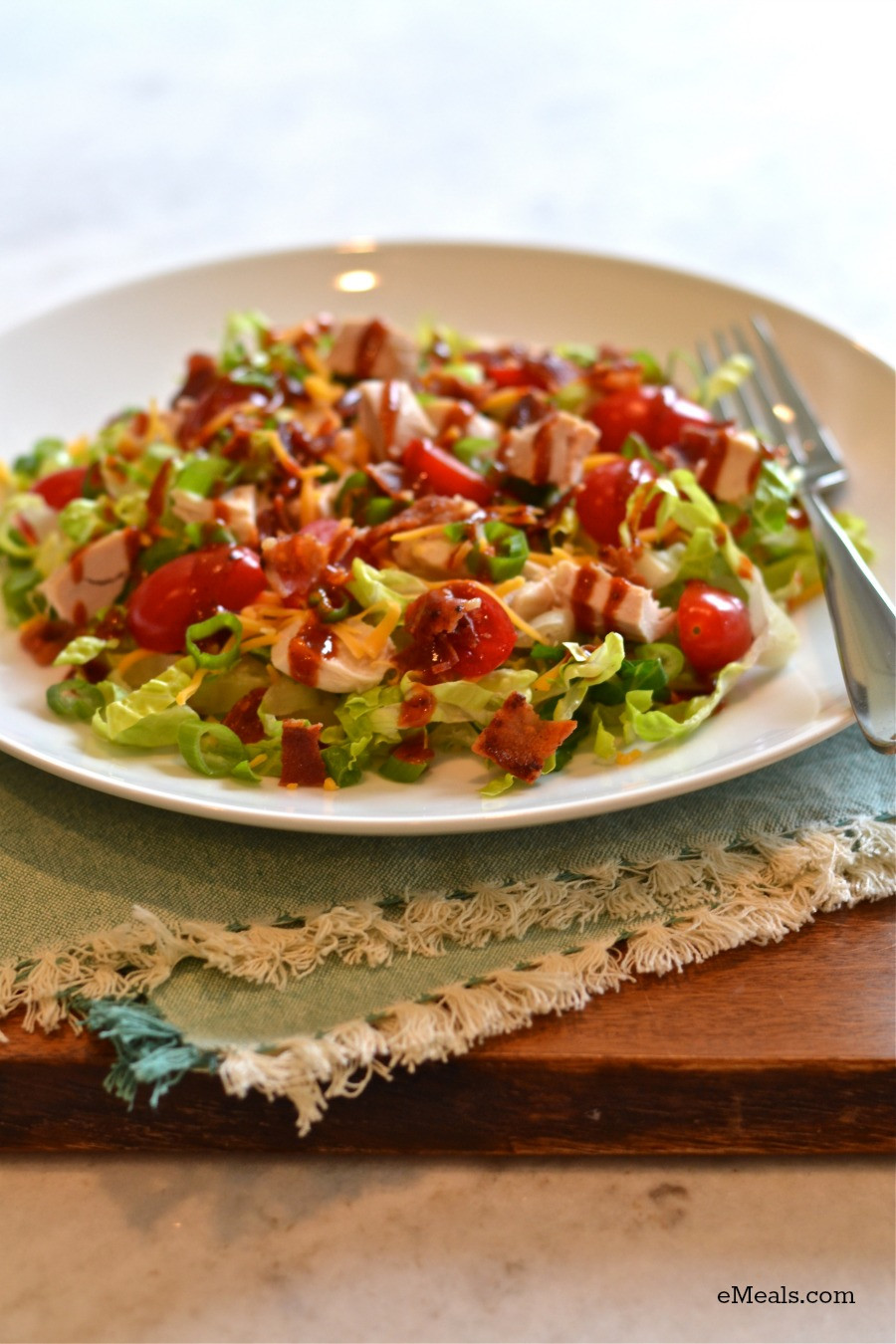 Quick Low Calorie Dinners  Quick and Easy Low Calorie Warm Barbecue Chicken Salad