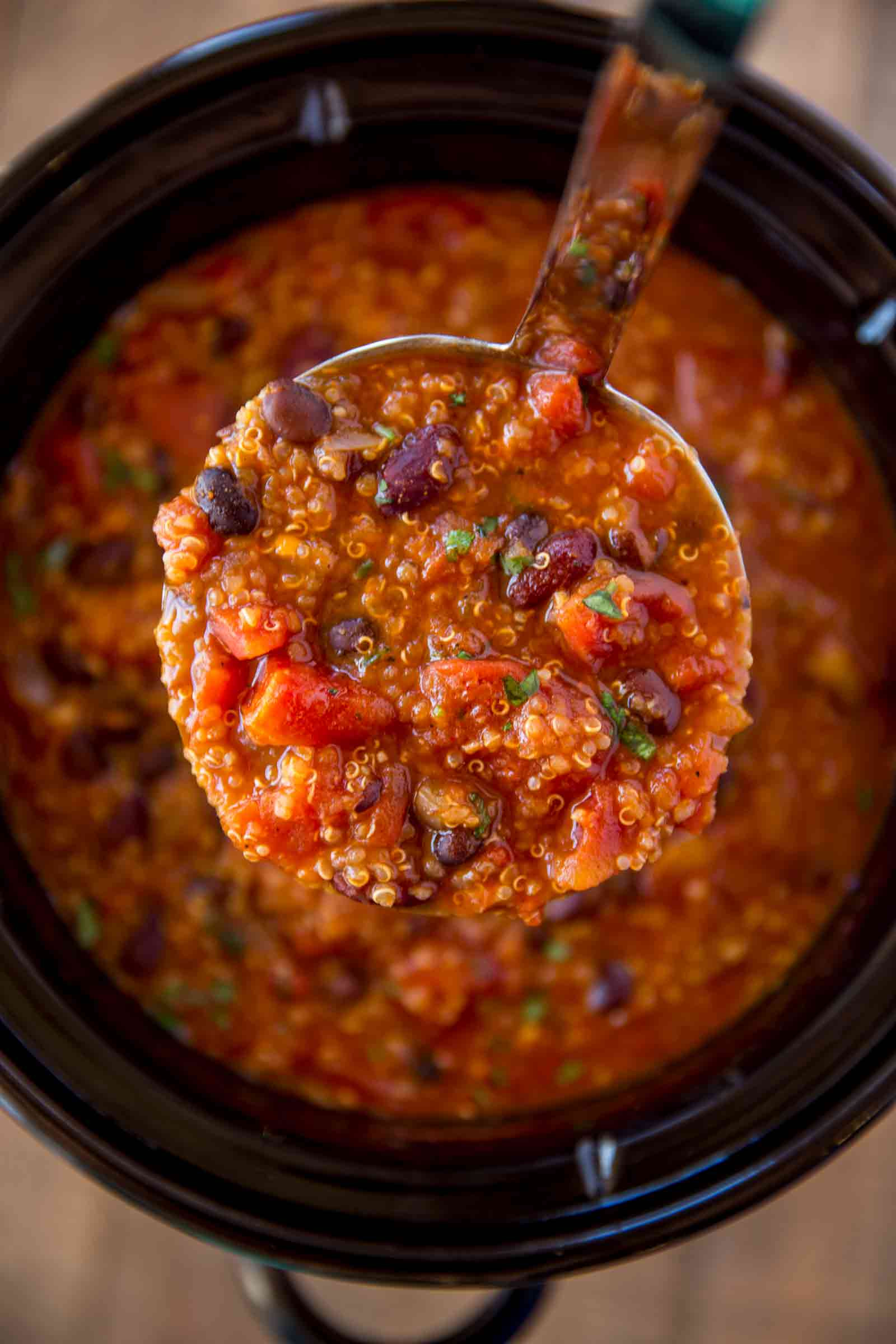 Quinoa Slow Carb  Slow Cooker Ve arian Quinoa Chili Cafe Delites