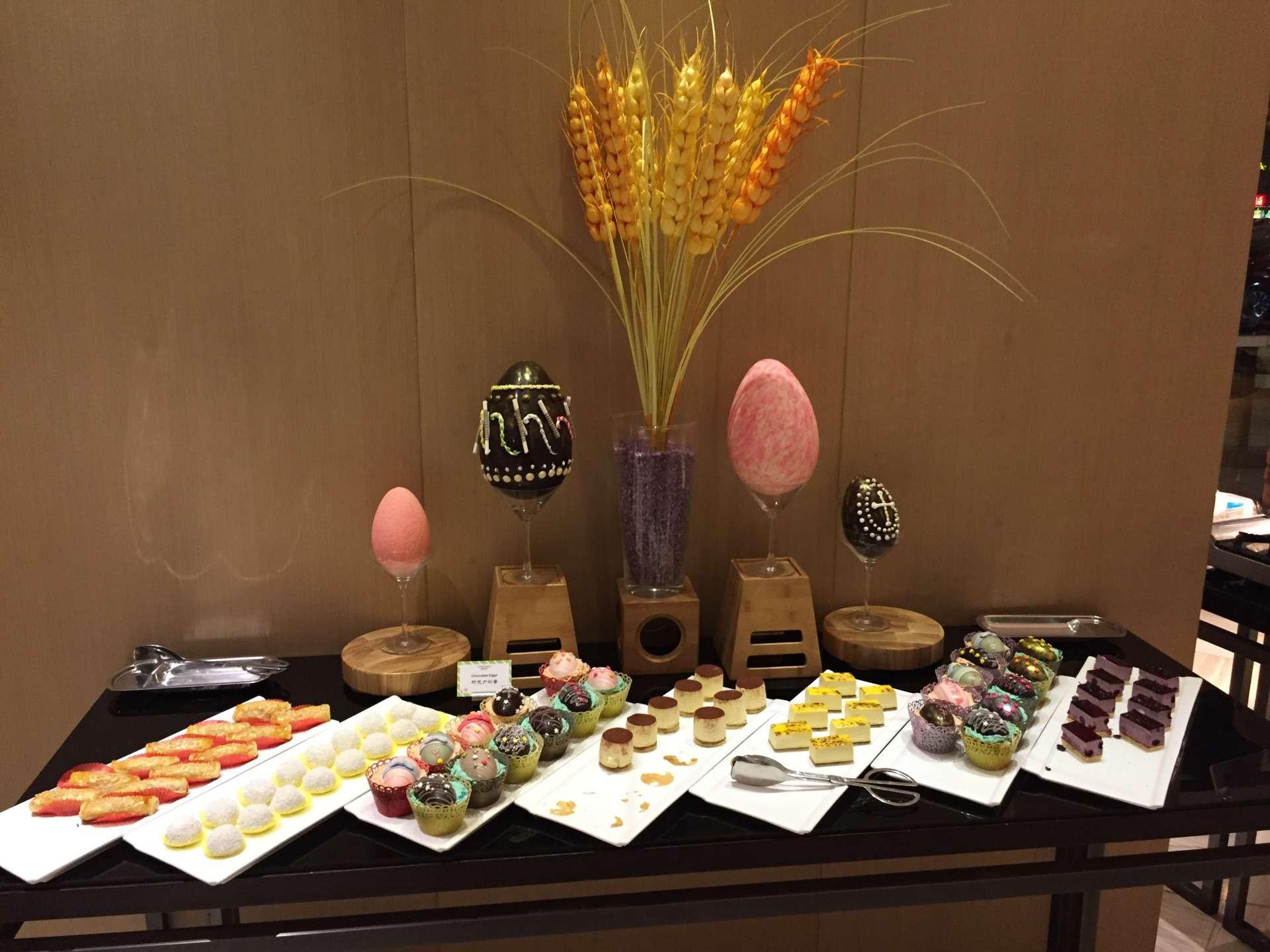 Restaurant For Easter Dinner  Easter dinner at the restaurant – Vakantio