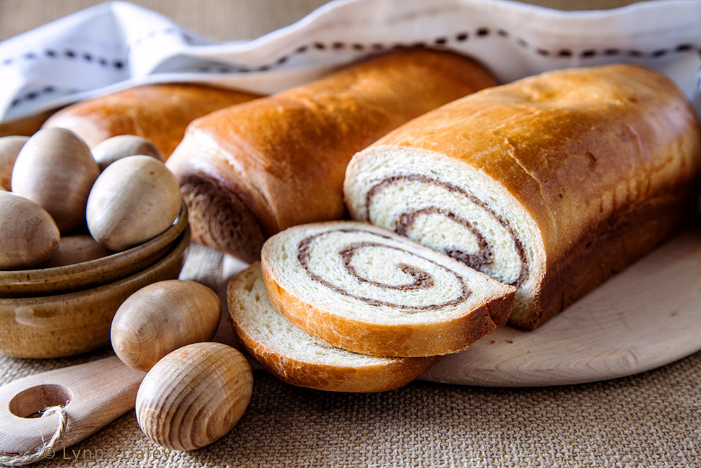 Romanian Easter Bread  Pin Traditional Romanian Food Recipes Cake on Pinterest