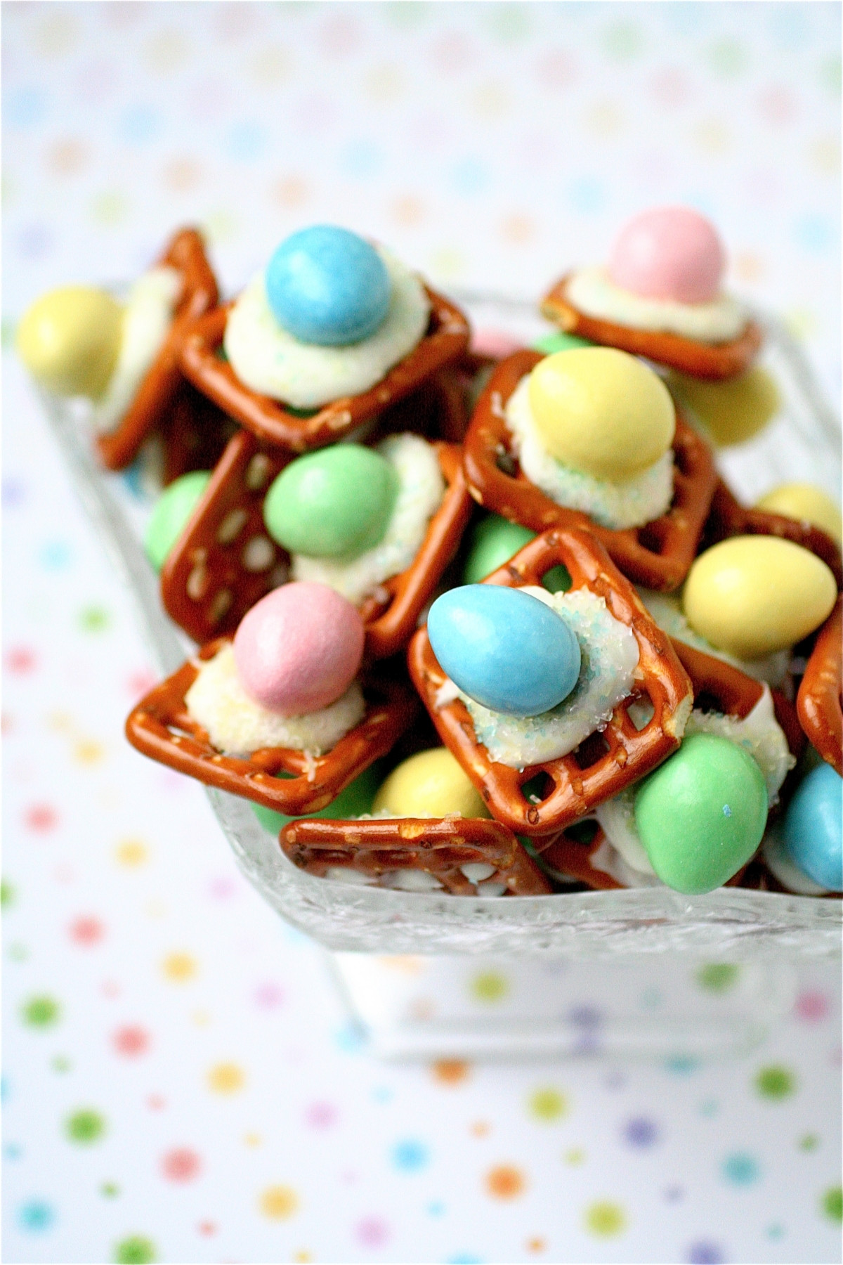 Simple Easter Desserts  Easter Peanut Butter Buttons