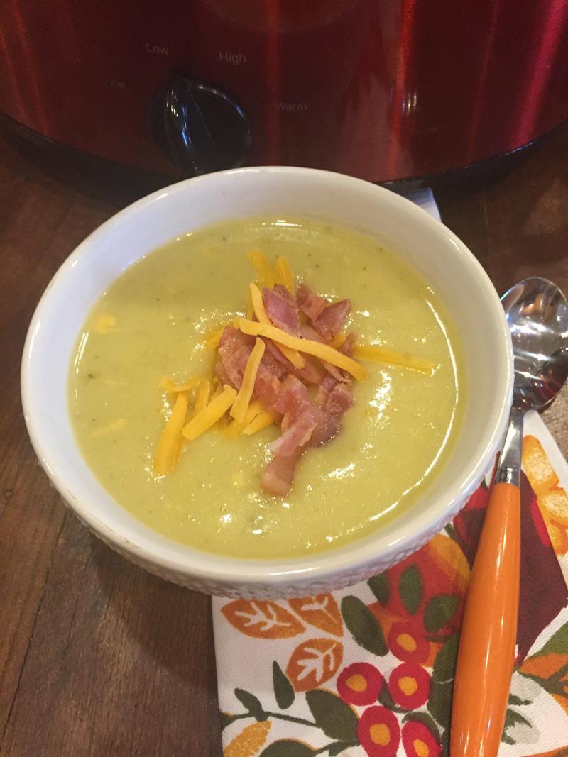 Slow Cooker Vegetarian Potato Soup  Slow Cooked Cheesy Ve able Potato Soup Lynn s Kitchen