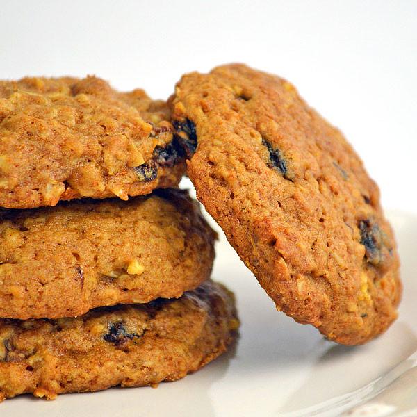 Sugar Free Oatmeal Raisin Cookies For Diabetics  Oatmeal Raisin Apple Cookies in Gift Tin Nuts Optional