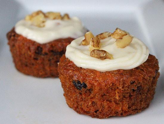 Vegan Carrot Cupcakes  Healthy Vegan Carrot Cake Cupcake Recipe