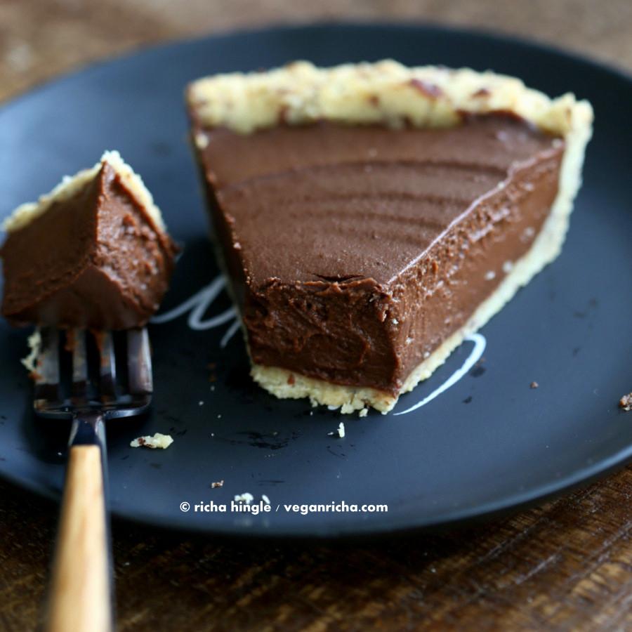 Vegan Chocolate Pie Recipe  Vegan Chocolate Pumpkin Pie with Almond Crust Vegan Richa