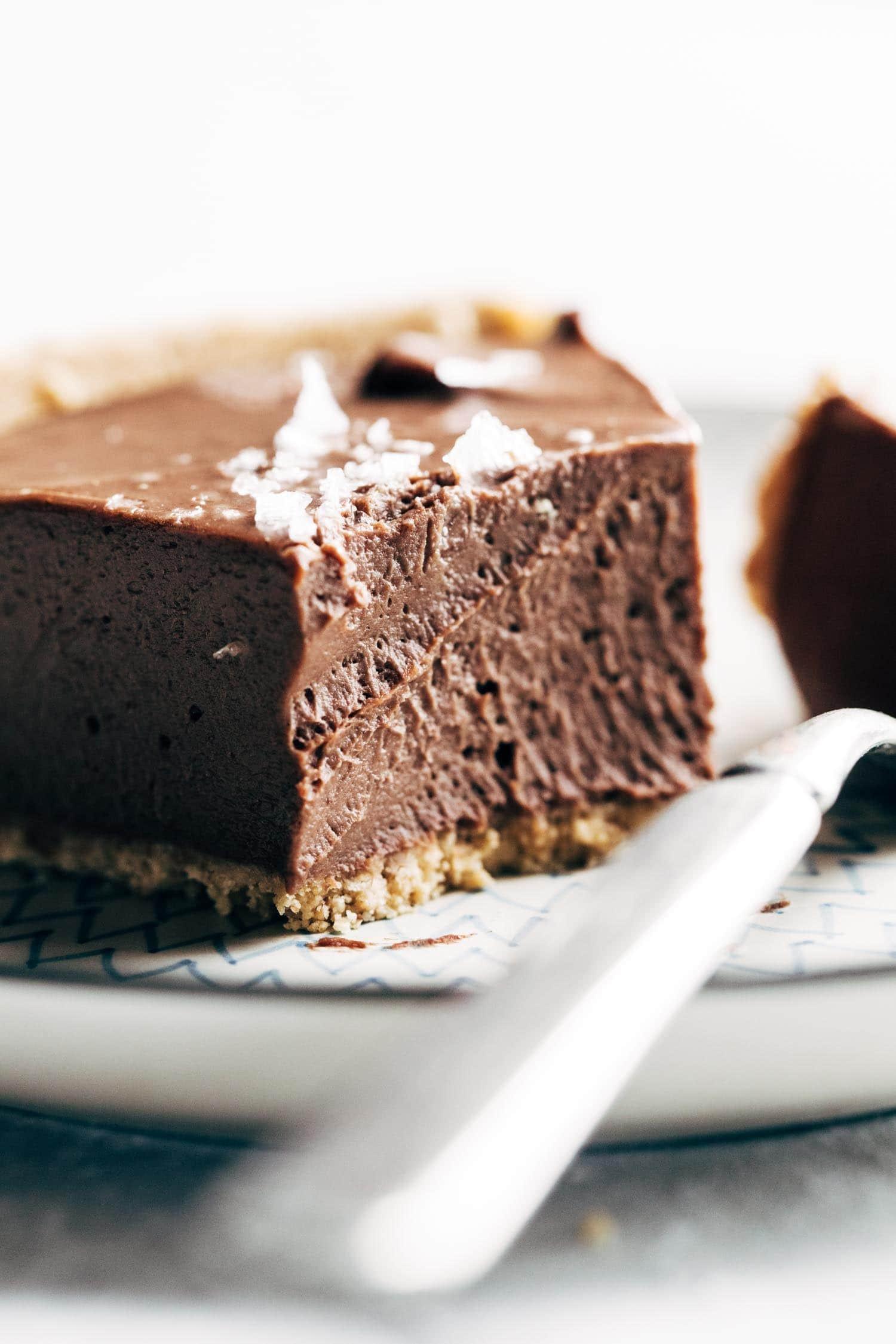 Vegan Chocolate Pie Recipe  Mind Blowing Vegan Chocolate Pie Recipe Pinch of Yum