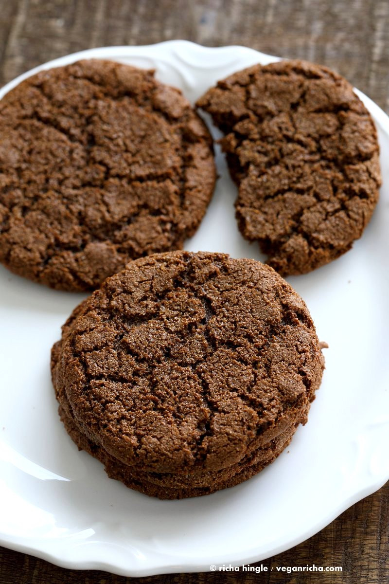 Vegan Cookie Recipes  1 Bowl Giant Molasses Cookies Vegan Richa