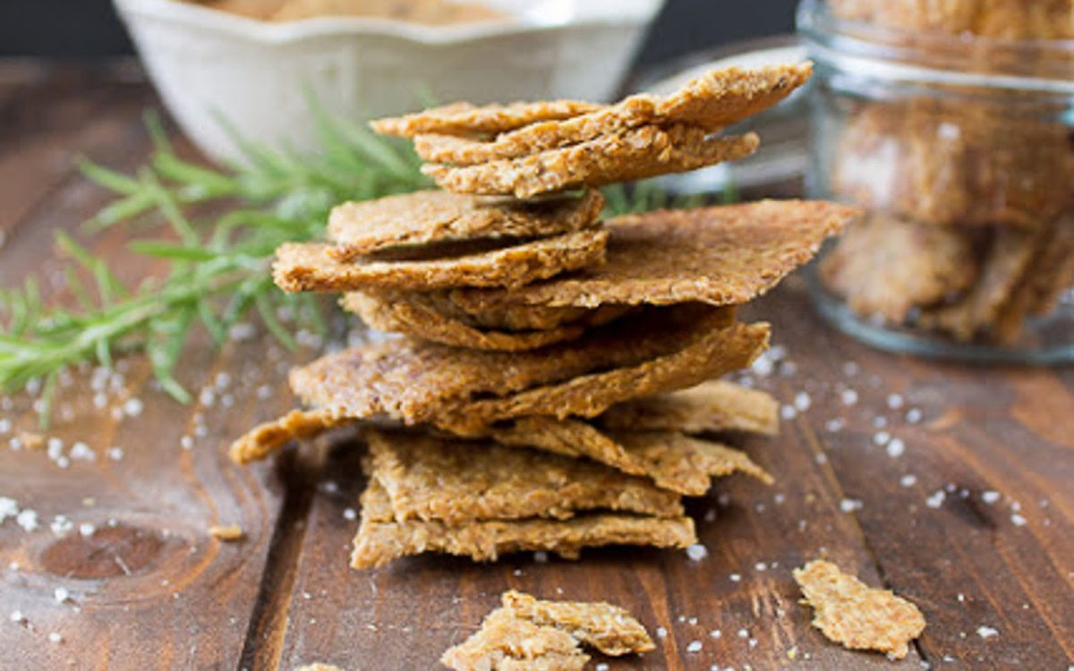 Vegan Cracker Recipes  Garlic and Herb Flax Crackers [Vegan Gluten Free Grain