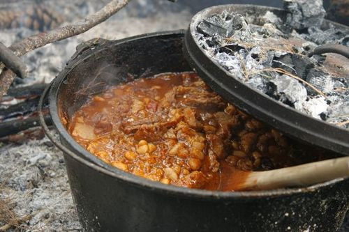 Vegan Dutch Oven Camping Recipes  Campfire Cooking How To Make Chili In A Dutch Oven