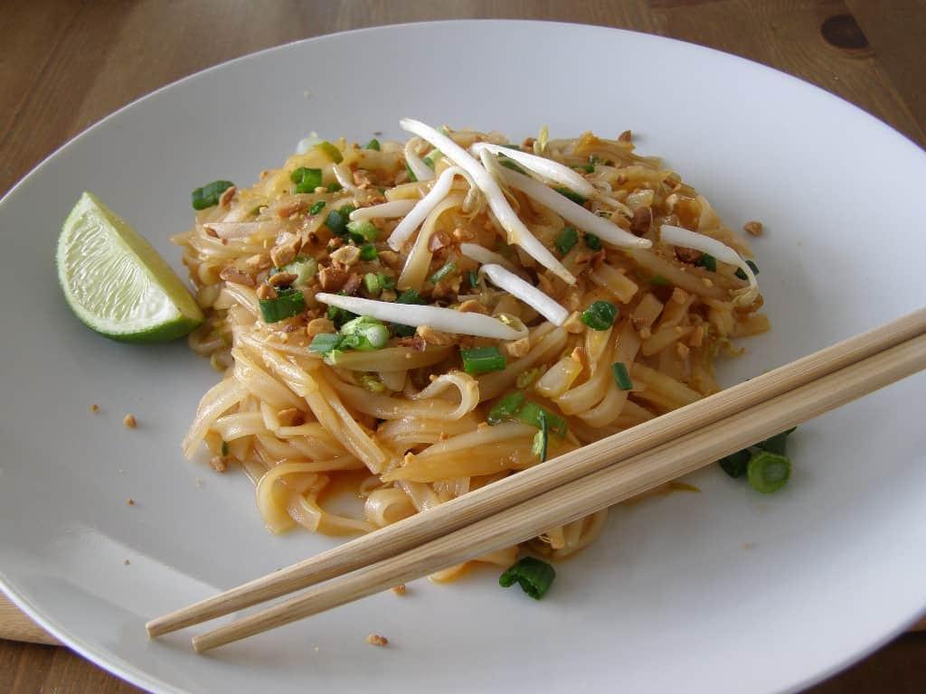 Vegan Pad Thai Recipes  Easy Vegan Pad Thai from Food Love Veggies Save The Day