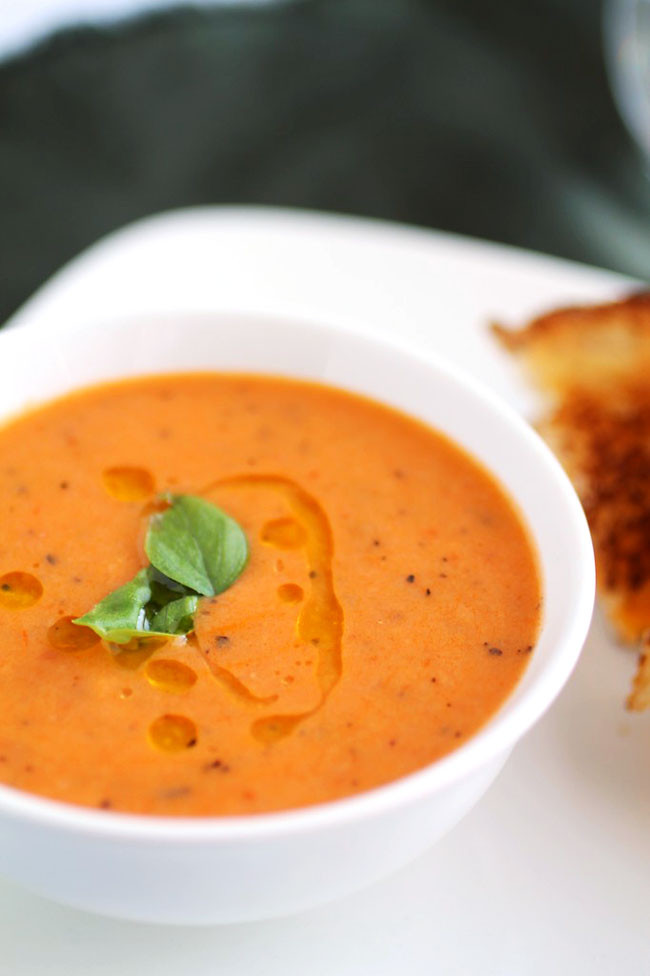 Vegan Tomato Soup  Vegan Roasted Tomato Soup