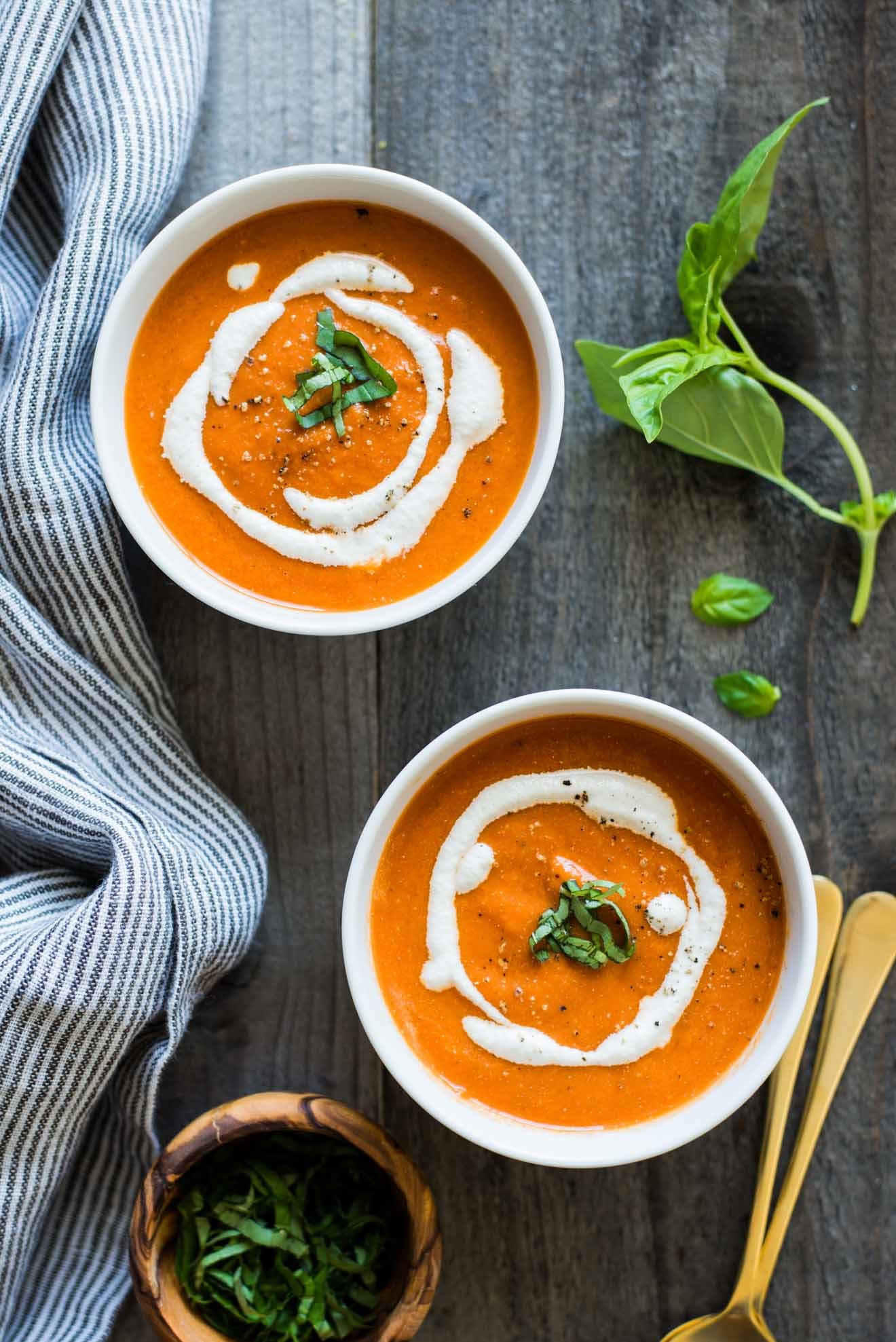 Vegan Tomato Soup Recipes  Vegan Tomato Soup