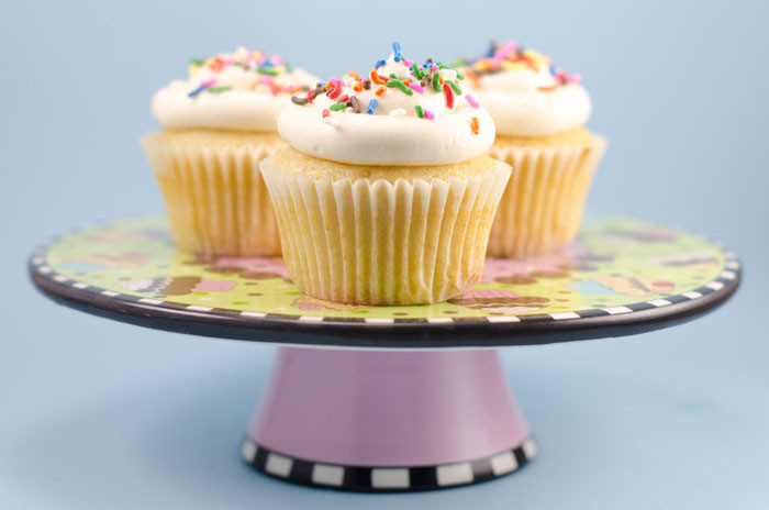 Vegan Vanilla Cupcakes  Vegan Vanilla Cupcakes with Vanilla Buttercream Frosting