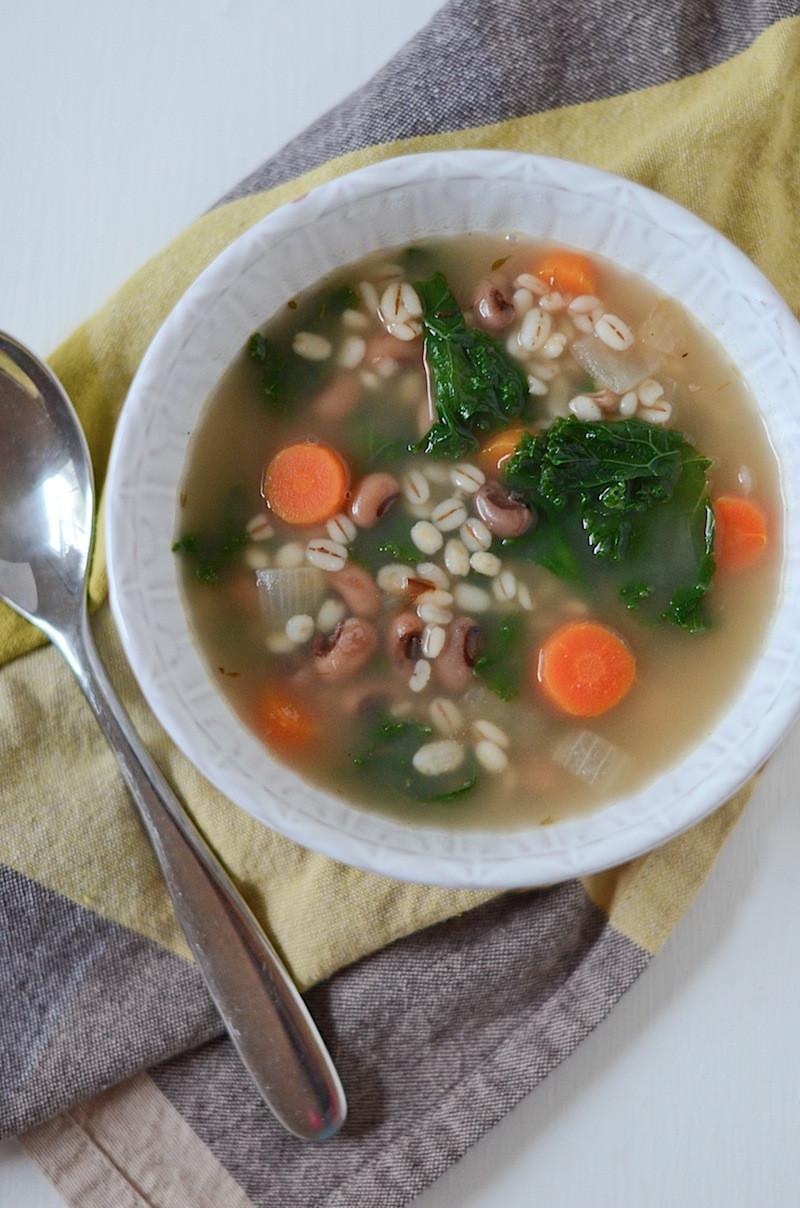 Vegetarian Barley Recipes  Ve arian Barley Black Eyed Pea Soup Recipe The Chic Life