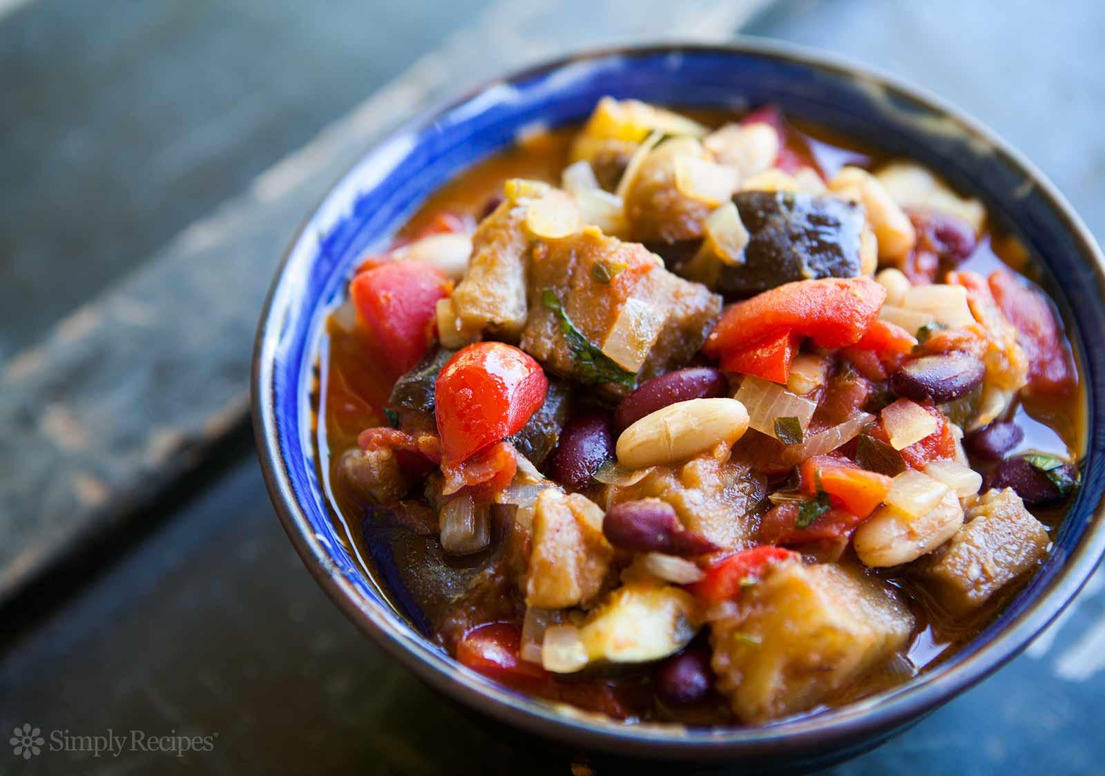 Vegetarian Chili Allrecipes  Spicy Ve arian Chili Recipe