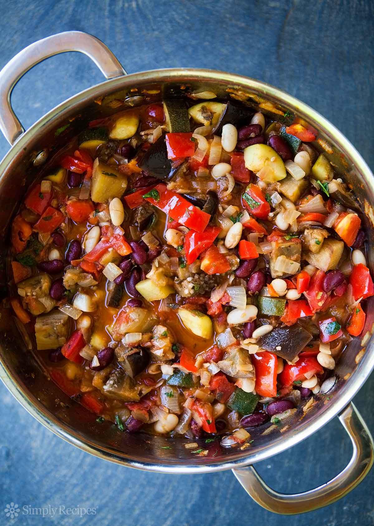 Vegetarian Chili Allrecipes  Ve arian Chili