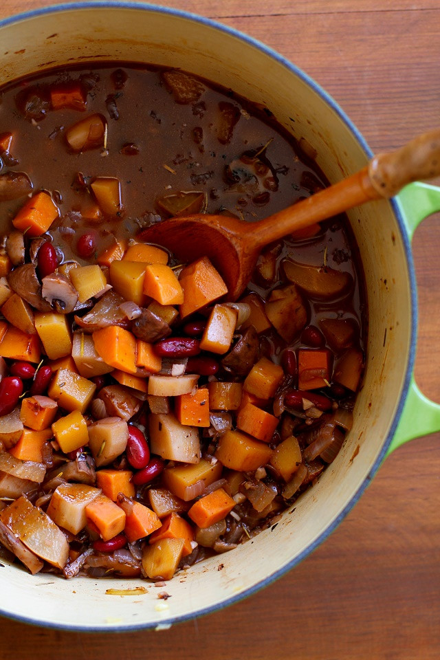 Vegetarian Chili With Squash  Warmly Spiced Butternut Squash and Root Ve able Chili